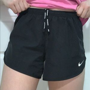 Nike Tempo Lux Shorts
